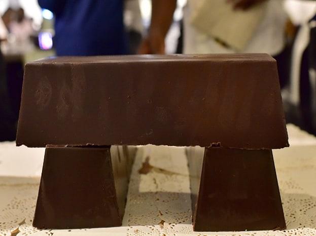कुठलाही डे असो वा नसो, चाॅकलेट खायला कुणाला आवडत नाही? पण तुम्हाला माहीत आहे का, तुमच्या आवडीचं रूपांतर तुम्ही व्यवसायात करू शकता.(photo source-getty images)