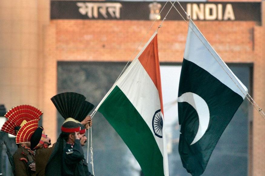 स्वातंत्र्यानंतर भारत पाकिस्तानमध्ये पहिल्यांदा युद्ध झाले ते 1947मध्ये. यावेळी पाकिस्ताननं भारतावर हल्ला केला. पण, पाकिस्तानच्या मनसुब्यांना भारतानं उधळून लावलं. त्यानंतर पाकिस्तान भारताविरोधात सतत कुरघोडी करू लागला.