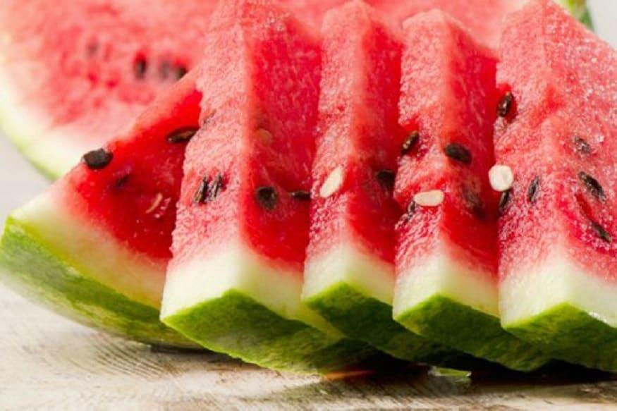 पचायला सोपे पदार्थ खा. तुम्ही वरी तांदूळ, राजगिरा, फळं खाऊ शकता. पण, साबुदाणा, शेंगदाणे, तेलकट पदार्थ खाणे शक्यतो टाळा.