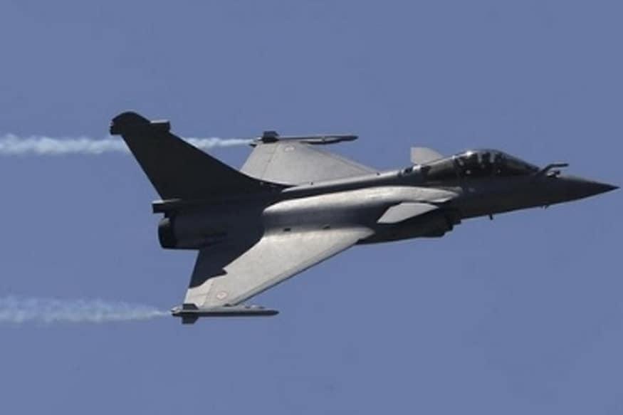 पाकिस्तानने भारताच्या या दाव्याला फेटाळून लावलं होतं. भारताचा एअर स्ट्राईक अयशस्वी झाल्याचंही त्यांनी म्हटलं होतं. भारताने रिकाम्या जागांवर बॉम्ब फेकल्याचा हास्यास्पद दावा पाकिस्तानने केला होता.