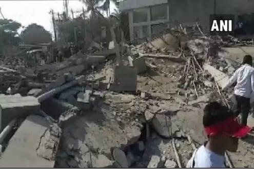 धारवाडमध्ये 5 मजली इमारत कोसळली, 80 अडकल्याची शक्यता