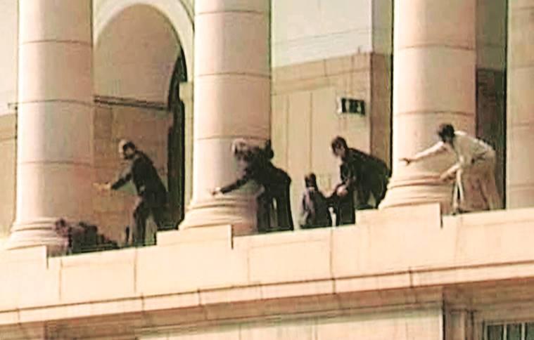 डिसेंबर 2001मध्ये भारतीय संसदेवर हल्ला केला. तेव्हा अफजल गुरू आणि लष्कर ए तैय्यबासोबत जैशचाही होता हात. ऑक्टोबर 2001 जम्मू काश्मीर विधानसभेवर आत्मघातकी हल्ला केला होता.