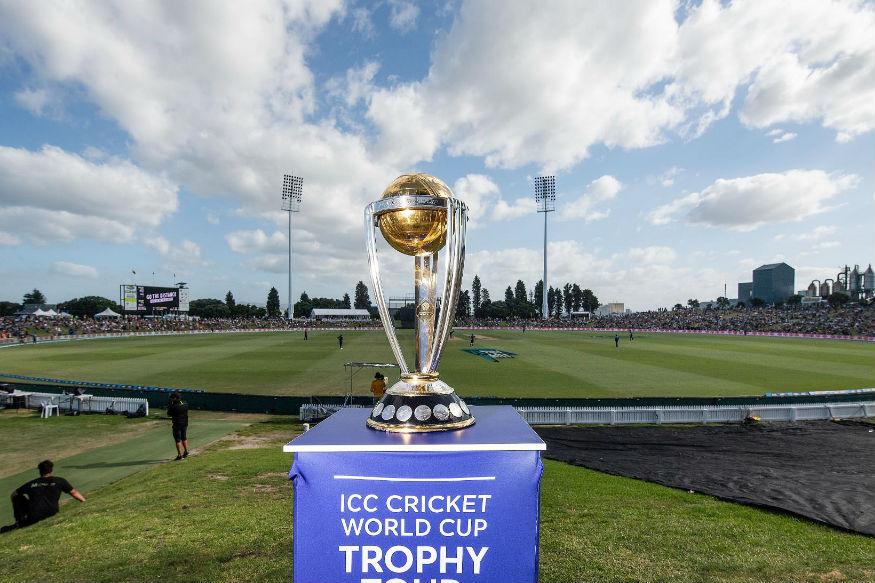 अगदी काही तासांत क्रिकेट जगातातली सर्वात मोठ्या स्पर्धचा शुभारंभ होणार आहे. यंदा एकूण 10 संघ एकमेकांविरोधात भिडणार आहे. सर्वच संघ तगडे असल्यामुळं यंदा कोण बाजी मारणार याकडे सगळ्यांचे लक्ष लागले आहे.