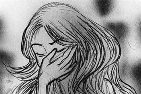 धक्कादायक ! मुंबईत 13 वर्षाच्या मुलीवर सामूहिक बलात्कार