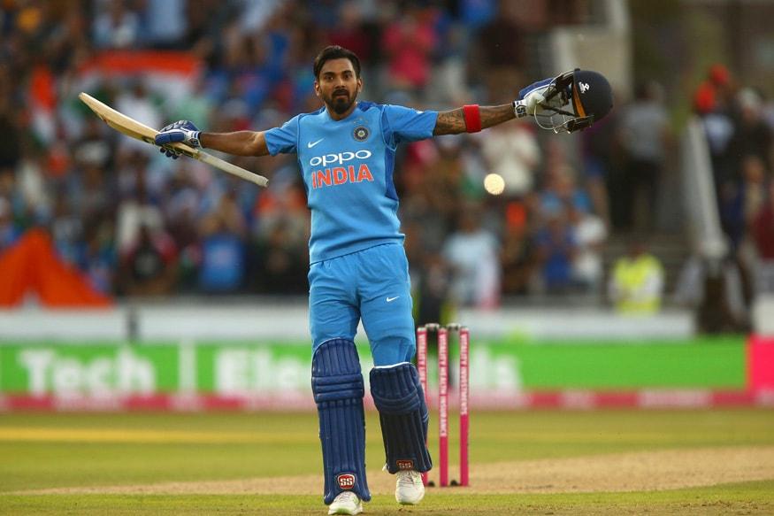 भारताने चौथ्या क्रमांकावर 4 वर्षात 12 खेळाडू उतरवल्यानंतरही फक्त 2 हजार 411 धावा केल्या. यात फक्त 3 शतके झाली तर सध्याच्या संघातील 6 खेळाडू गेल्या 4 वर्षांत चौथ्या क्रमांकावर खेळले. मात्र, यापैकी कोणालाच शतक करता आलं नाही.
