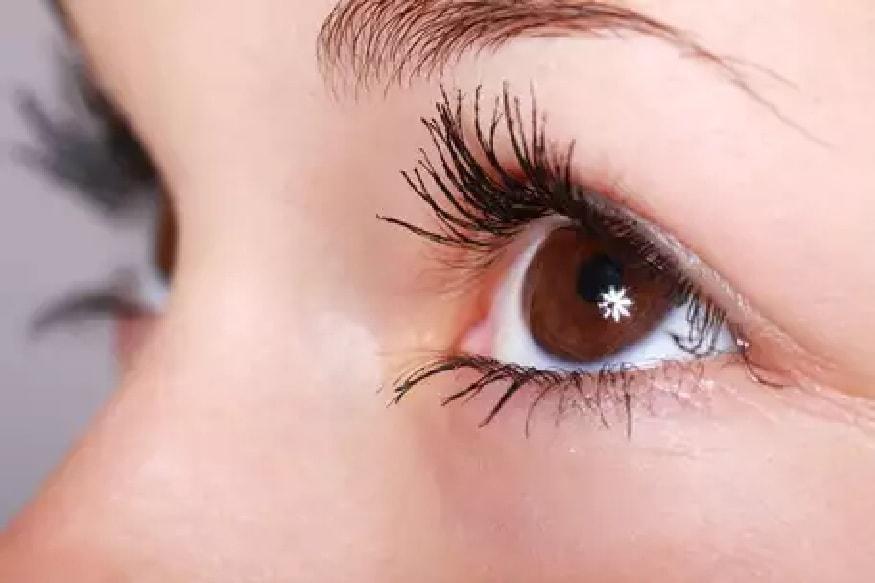 डोळे - गंभीर कोरोनारुग्णांना Conjunctivitis सारखी डोळ्यांची समस्या दिसून येते आहे. शिवाय डोळ्यांच्या भोवताली सूज, डोळ्यांच्या पापण्यांना सूज अशी गंभीर लक्षणं दिसत आहेत.