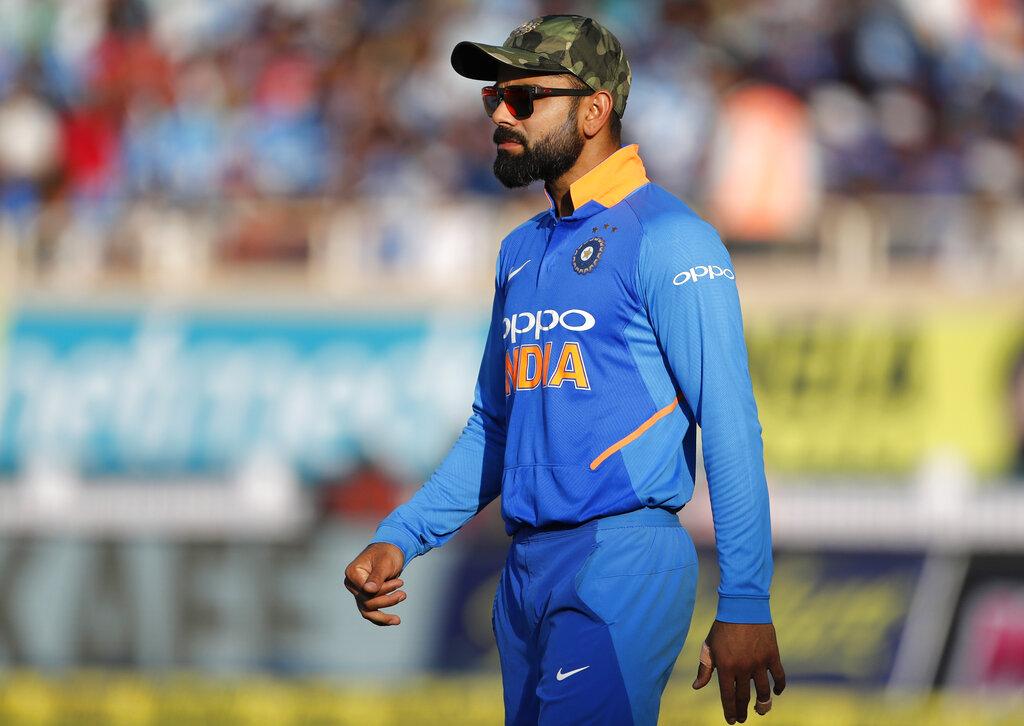 लंडनमधील लॉर्ड्सवर झालेल्या सलाम क्रिकेट 2019 या कार्यक्रमात भारताचा फिरकीपटू रविचंद्रन अश्विन आणि पाकिस्तानचा माजी कर्णधार यूनुस खान सहभागी झाले होते. अश्विन म्हणाला की, विराट कोहलीच्या समोर कितीही मोठी धावसंख्या असली तरी विजय मिळवण्याची त्याच्यात क्षमता आहे.