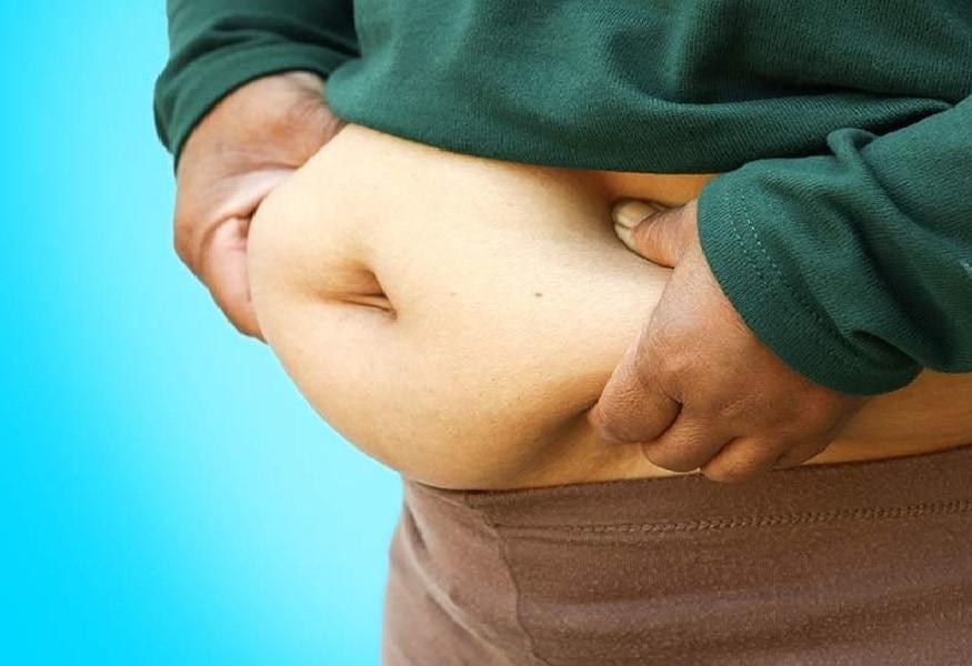 रात्री झोपण्याआधी आंबट पदार्थ खाल्ल्याने रिटेंशनची समस्या निर्माण होते. यामुळे तुमचं वजन कमी करण्याचं तंत्र फसू शकतं.