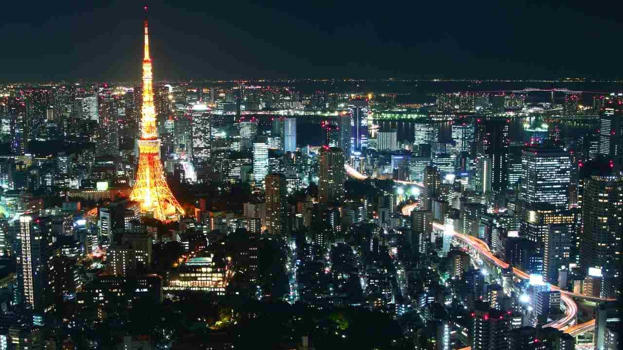 जपानमधील टोकियो हे शहर दुसऱ्या क्रमांकावर आहे. जपानची राजधानी असणारं टोकियो शहर दुसऱ्या स्थानावर असण्याचं कारण म्हणजे राहणीमानाच्या गुणवत्तेमध्ये वाढ झाली आहे. (फोटो : Reuters)