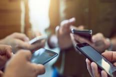 भारतीयांना आत्मनिर्भर नाऱ्याचा विसर; काही सेकंदात चिनी स्मार्टफोनची मोठी विक्री