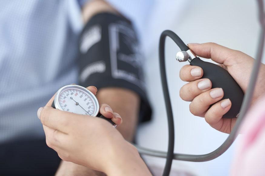 ब्लडप्रेशर - विशीनंतर किमान 2 वर्षांतून एकदा तरी रक्तदाब चाचणी करून घ्यावी.