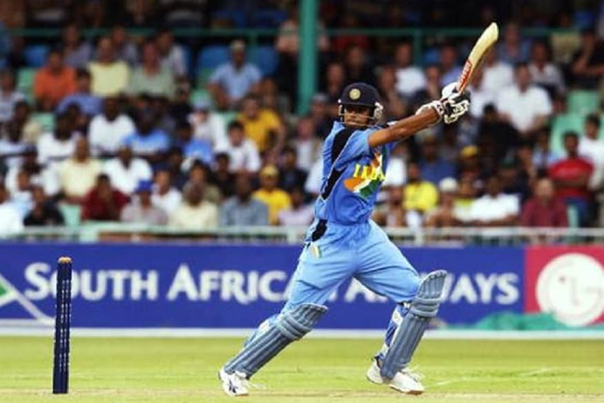 भारतीय संघात द वॉल या नावाने ओळखल्या जाणाऱ्या राहुल द्रविडने 31 ऑगस्ट 2011 ला भारतीय संघात टी20 मध्ये पदार्पण केले. इंग्लंडविरुद्धच्या त्या सामन्यात भारताला 6 गडी राखून पराभव पत्करावा लागला होता. द्रविडने 21 चेंडूत 31 धावा केल्या होत्या. यात एकाच षटकात सलग तीन षटकारही मारले होते. त्यानंतर राहुल द्रविडने एकही आतंरराष्ट्रीय टी20 सामना खेळला नाही.