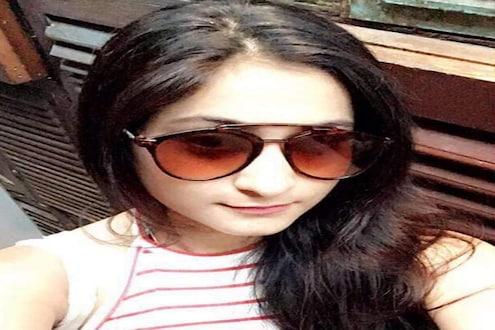 मुंबईत तरुणीची इमारतीवरून उडी मारून आत्महत्या, बॉलिवूडमध्ये करायचं होतं करिअर; पण...