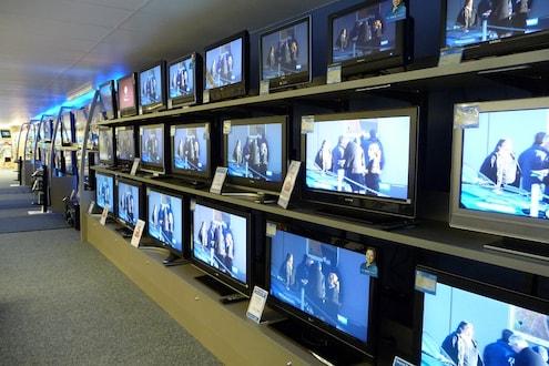 सणासुदीच्या आधीच मोदी सरकारचं गिफ्ट, 'इतके' स्वस्त होणार LED आणि LCD