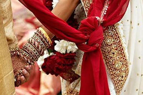 मुख्यमंत्र्यांचा आदेश,'दुसरं लग्न केल्यास हिंदू पुरुषांवरही पोलीस कारवाई करा'