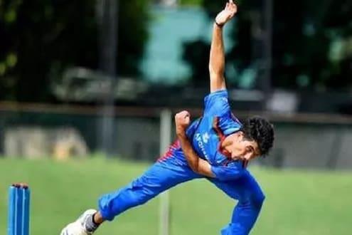 टीम इंडियाच्या फंलदाजीला 14 वर्षीय गोलंदाजानं लावला सुरूंग, मोडला 23 वर्षांचा विक्रम
