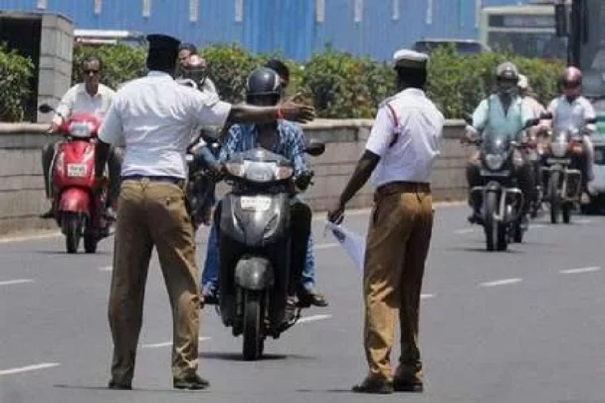 वाहतूक पोलीस तुमच्याशी गैरवर्तन करत असतील तर त्याची लेखी तक्रार करता येते. याची तक्रार जिल्ह्याच्या वरिष्ठ पोलिस अधिक्षकांकडे करता येते.