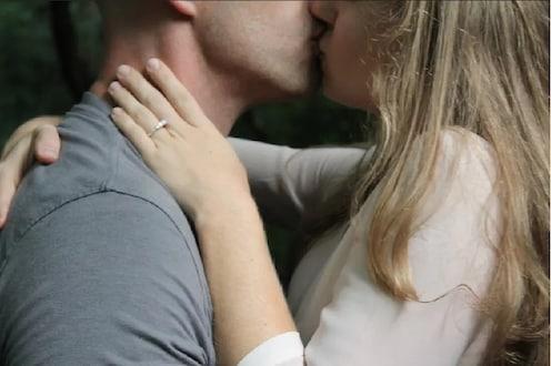 धक्कादायक! पतीने पत्नीकडे मागितली French Kiss, नंतर चाकूने जीभ कापून झाला फरार