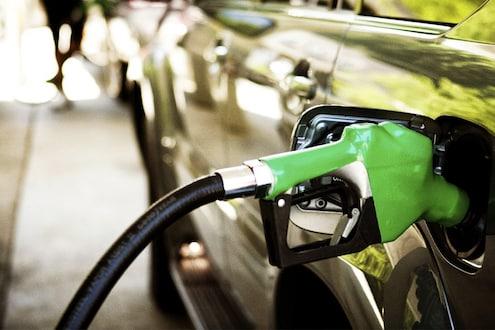 कोरोनाचा फटका, 'या' राज्यात लावला पेट्रोल-6 तर डिझेलवर 5 रुपये कोविड-19 सेस