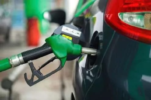 पेट्रोलचे दर पुन्हा भडकण्याची शक्यता, आता हे नवं कारण