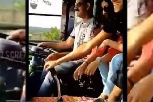 VIDEO : थाट तर बघा! बस चालवताना गिअर बदलण्यासाठी ठेवल्या मुली आणि...