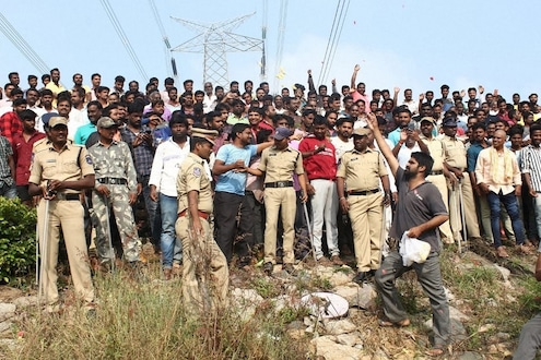 हैदराबाद ENCOUNTER विरुद्ध याचिका, 9 तारखेपर्यंत आरोपींवर अंत्यसंस्कार नाहीत