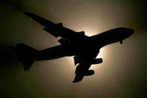 विमान प्रवास करायचा आहे? या नियमांचे पालन केल्यास मिळणार परवानगी, सरकारकडून SOP जारी