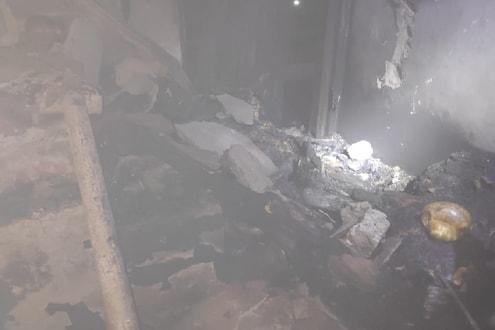 #BREAKING दिल्लीत पुन्हा अग्नितांडव! भीषण आगीत होरपळून 9 जणांचा मृत्यू