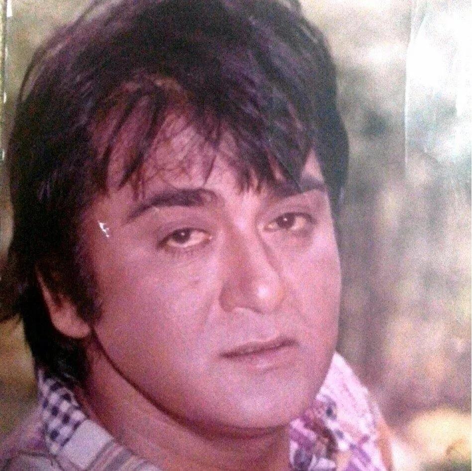 भारतीय सिनेमांची 'जान' असं ज्यांना म्हटलं जात त्या सुनील दत्त यांचा जन्म खुर्दी, पंजाब गावात 6 जून 1929 मध्ये झाला. हा भागही आता पाकिस्तानमध्ये येतो. सुनील दत्त याचं खरं नाव बलराज रघुनाथ दत्त असं आहे. ते एक असे अभिनेता होते ज्यांनी सामान्य भारतीय व्यक्ती मोठ्या पडद्यावर साकारला.