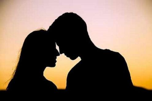 प्रेम प्रकरणाबद्दल जाब विचारल्याचा राग, इंजेक्शन देऊन पतीने काढला पत्नीचा काटा