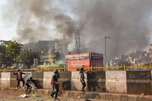 दिल्लीच्या नाल्यांमधून अजूनही वाहत आहेत मृतदेह, आतापर्यंत 8 शव सापडले