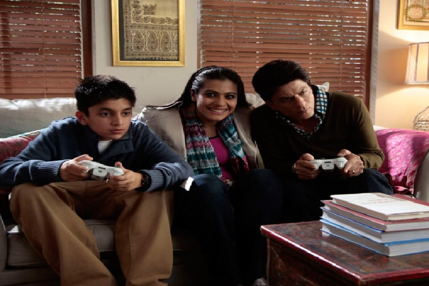 या सिनेमातील शाहरुख आणि काजोलचा मुलगा आठवतोय का? शाहरुख आणि काजोलचा ऑनस्क्रिन मुलगा अर्जन औजला आता मोठा झाला आहे. 10 वर्षानंतर अर्जनला ओळखणं कठीण आहे.