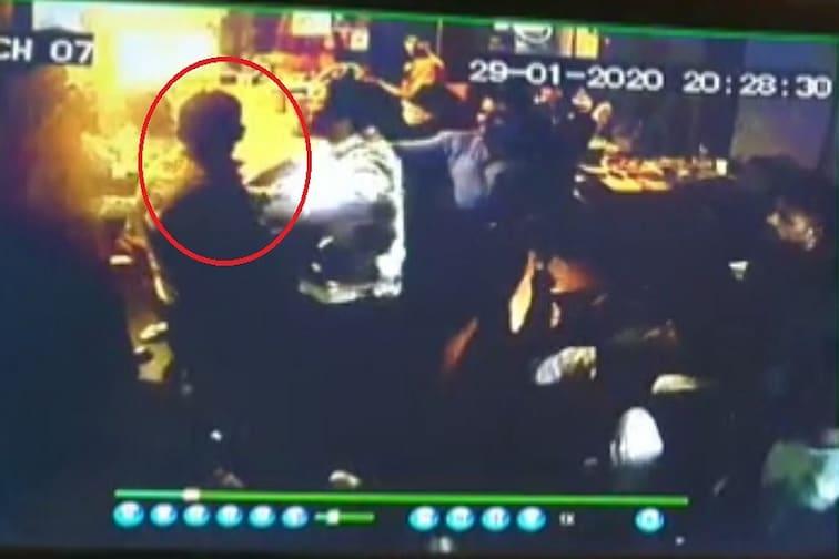 मद्यधुंद पोलिसाची गुंडगिरी, गुन्हेगारांना सोबत घेत 'बार' मालकाला मारहाण