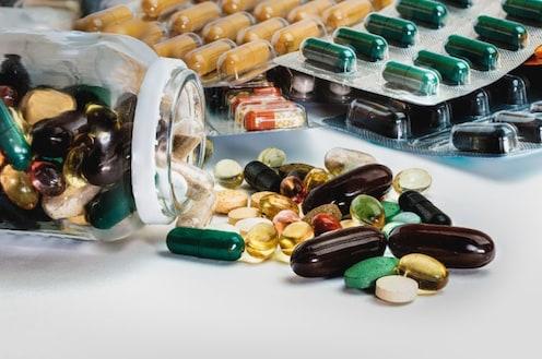 कोरोनाची आता खिशालाही झळ, चीनमधून भारतात येणाऱ्या औषधांच्या किंमती वाढणार