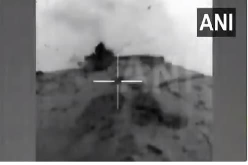 पाकला दिलेल्या चोख प्रत्युत्तराचा VIDEO आला समोर; घुसखोरी करणाऱ्या पाकच्या चौक्या भारतीय लष्कराने उडवल्या