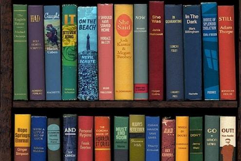 पुस्तकांच्या फोटोमध्ये दडलीय कथा, पाहा कोरोनाशी लढण्याचं सिक्रेट तुम्हाला सापडतंय का?
