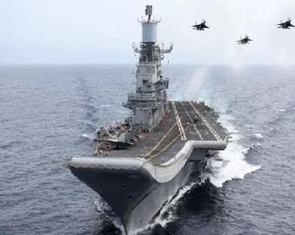 भारतीय नौदलावर कोरोनाचा हल्ला, एकावेळी 20 जवान संक्रमित