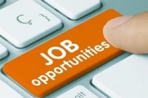 12 लाख लोकांना रोजगाराची संधी, मोबाइल बनवणाऱ्या 22 विदेशी कंपन्याचा प्रस्ताव