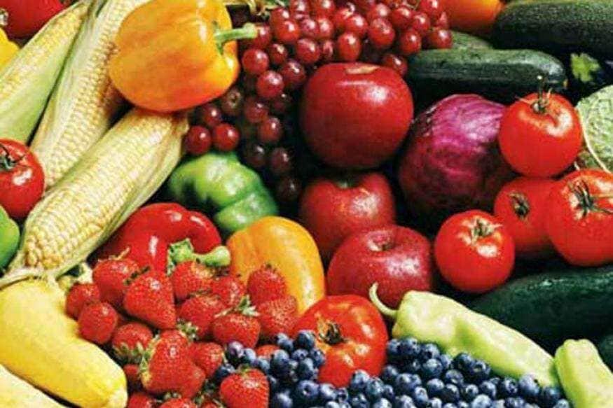 क्वारंटाईनमध्ये आपला दररोजचा आहार हा पौष्टिक असावा. आहारात जास्तीत जास्त फायबर फ्रुट्स जसे की, भाज्या, फळे, डाळी, तसेच ओट्स, ब्राउन पास्ता, ब्राऊन राईस, क्विनोआ, संपूर्ण गहू ब्रेड इत्यादी अधिकाधिक फायदेशीर पदार्थ खावेत जे सहज पचतात.