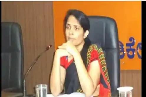 Success story: कोचिंग क्लास न करता जिद्दीच्या जोरावर नर्स झाली IAS