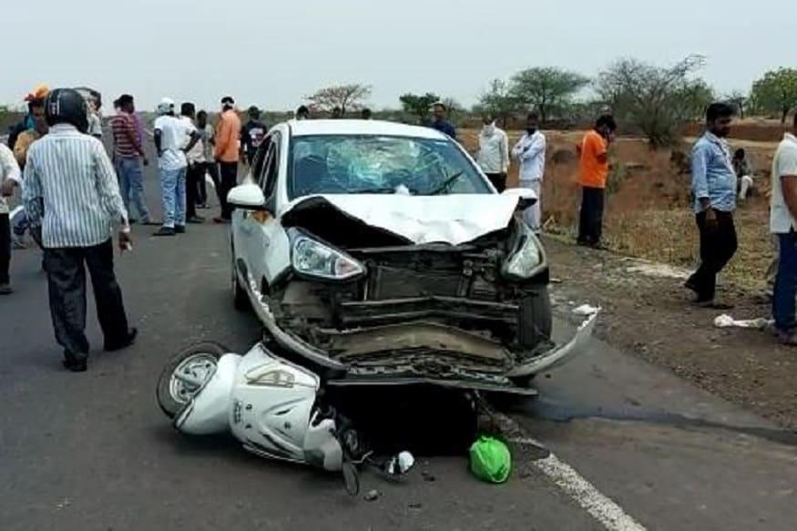 पुणे-सोलापूर महामार्गावर भीषण अपघात, कार-स्कुटीच्या धडकेत महिला जागीच ठार
