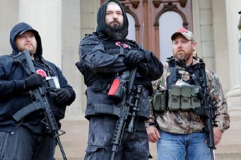 लॉकडाऊन हटवा नाहीतर..., या देशात बंदूक घेऊन रस्त्यावर उतरले नागरिक