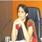 घरची परिस्थिती बेताची आणि शिक्षणासाठी पैसे नसल्यानं डॉक्टर होण्याचं स्वप्न अधूरं राहिलं पण नर्स असलेल्या केरळच्या एनीस कनमनी जॉय यांनी मोठ्या कष्टानं क्लास न लावता अभ्यास करून UPSC परीक्षेत यश मिळवलं. घरची परिस्थिती चांगली नसल्यानं त्यांनी नर्सची नोकरी करून अभ्यास केला आणि IAS झाल्या.