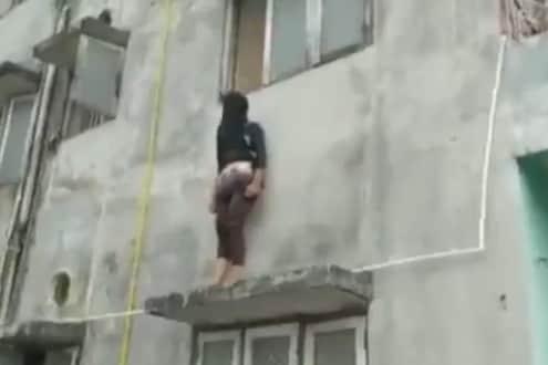 VIDEO : तरुणीनं छतावर चढून दिली आत्महत्येची धमकी, खाली उडी मारणार तेवढ्यात...