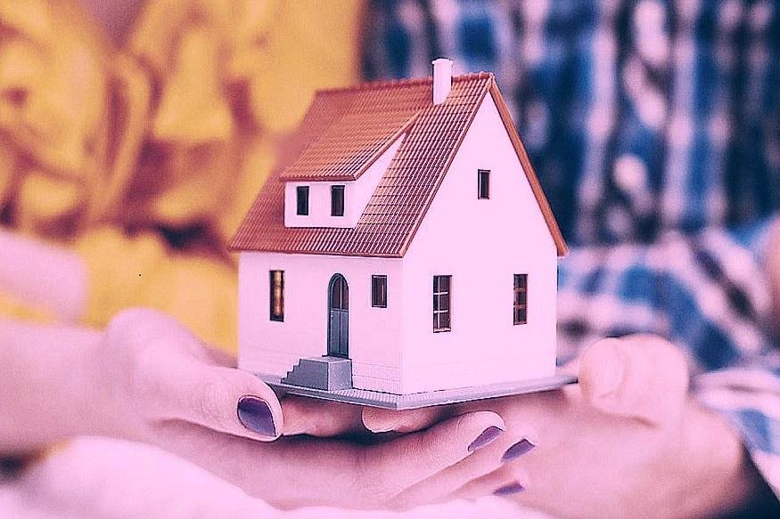 स्वस्तात घर भाड्याने घेण्यासाठी योजना- शहरी भागातील गरीब-प्रवासी मजुरांना परवडणाऱ्या दरामध्ये भाड्याने घर देण्याच्या योजनेला परवानगी मिळाली आहे. स्वस्त दरामध्ये गरीबांना आणि प्रवासी मजुरांना हे घर मिळेल.