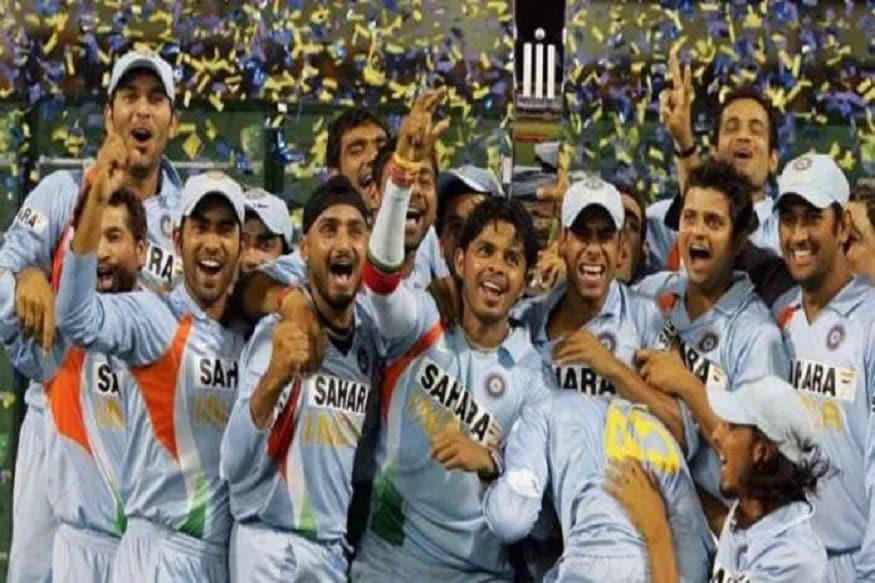आयसीसीच्या तीनही ट्रॉफी जिंकणारा धोनी एकमेव कर्णधार आहे. 2007 मध्ये टी20 वर्ल्ड कप, 2011 मध्ये वर्ल्ड कप आणि 2013 मध्ये चॅम्पियन्स ट्रॉफी भारताने त्याच्या नेतृत्वाखाली जिंकली.