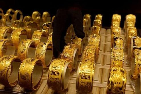 सोन्याला झळाळी तर चांदी मात्र उतरली, वाचा काय आहेत आजचे भाव