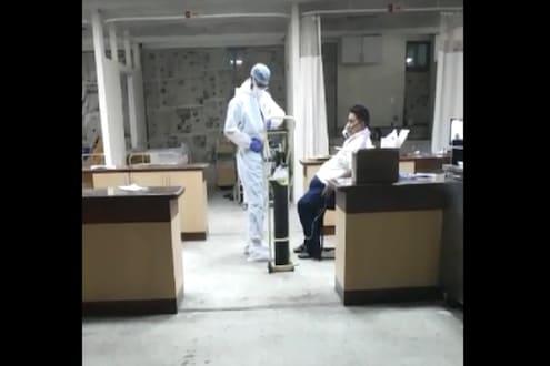 पिंपरी चिंचवडमध्ये कोरोना रुग्णालयात धक्कादायक प्रकार, नर्सिंग कर्मचारी गेले संपावर
