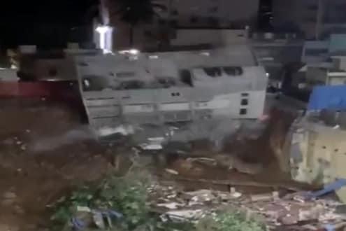 5 सेकंदात पत्त्यांसारखी कोसळली 3 मजली इमारत, दुर्घटनेचा LIVE VIDEO