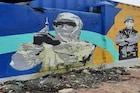 मुंबईतल्या माहिम स्टेशनवर कोरोना योद्ध्यांना अनोखी मानवंदना... पाहा PHOTOS